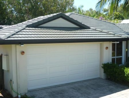 roof painting sunshine coast